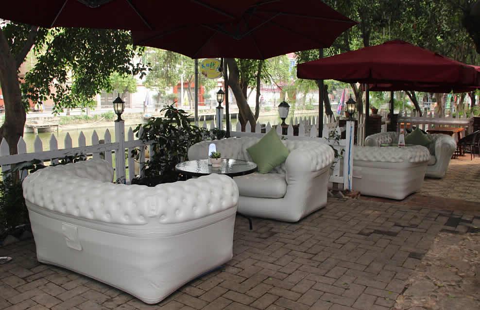 Vendita poltrone e sofa gonfiabili per interni ed esterni - salotti - giardini - terrazze ...
